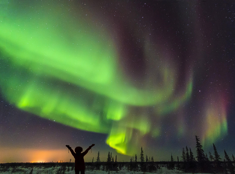5 Tips to Photograph the Northern Lights Like a Pro